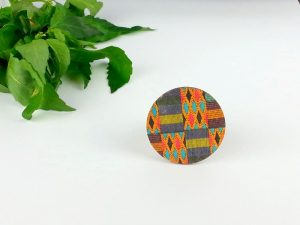 kente circle brooch